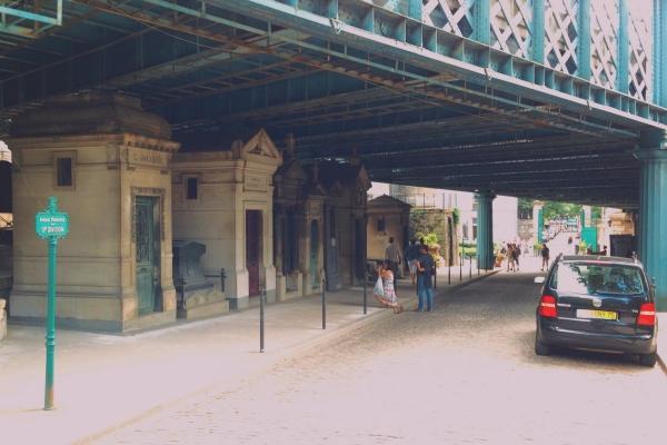 Paris_75018_Cimetière_de_Montmartre_17e_division_Pont_Caulaincourt_20130808